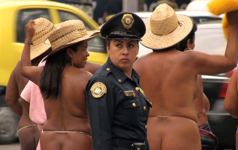 Clarisse Hahn, Los Desnudos, 2012. Film still.